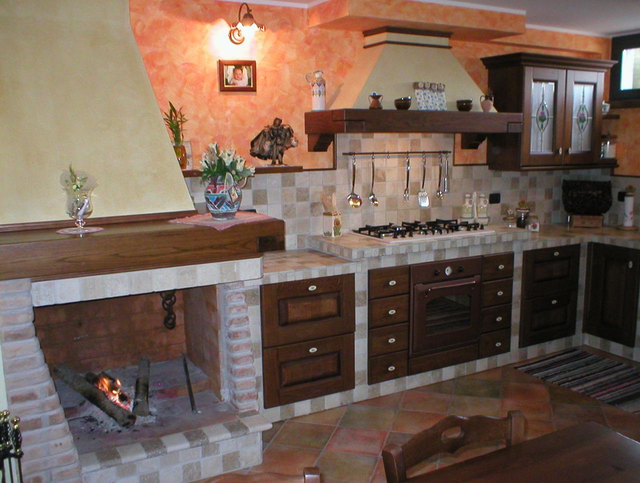 Cucine componibili prezzi mattonelle cucina muratura - Cucine in muratura rustica ...